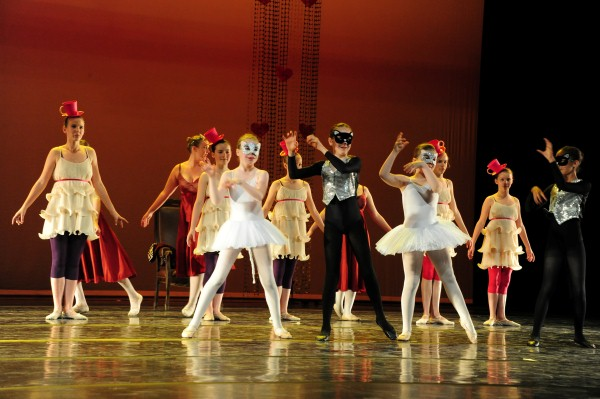 BALLET2011_ALICE240